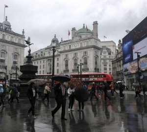 Piccadilly Circus - Pedestrians